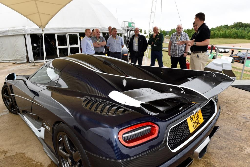Мегакар Koenigsegg