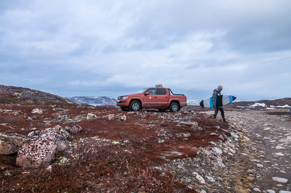 Volkswagen Amarok Canyon и серфер Сергей Расшиваев в Арктике