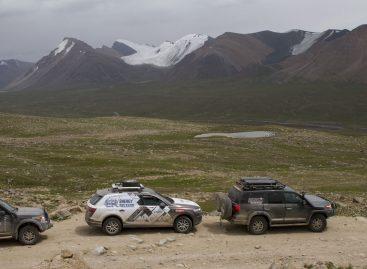 4×4 Tosor pass Road Волок-Туркестан 2015
