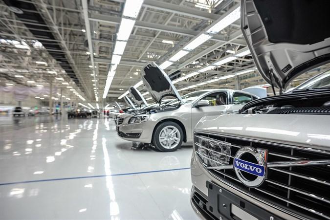 Производство Volvo S60L в Китае