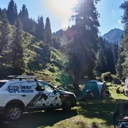 Волок Туркестан 2015 Audi Q7 лагерь в ущелье Джеты-Огуз