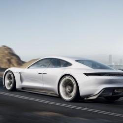 Конкуренцию Tesla составит Porsche Mission E