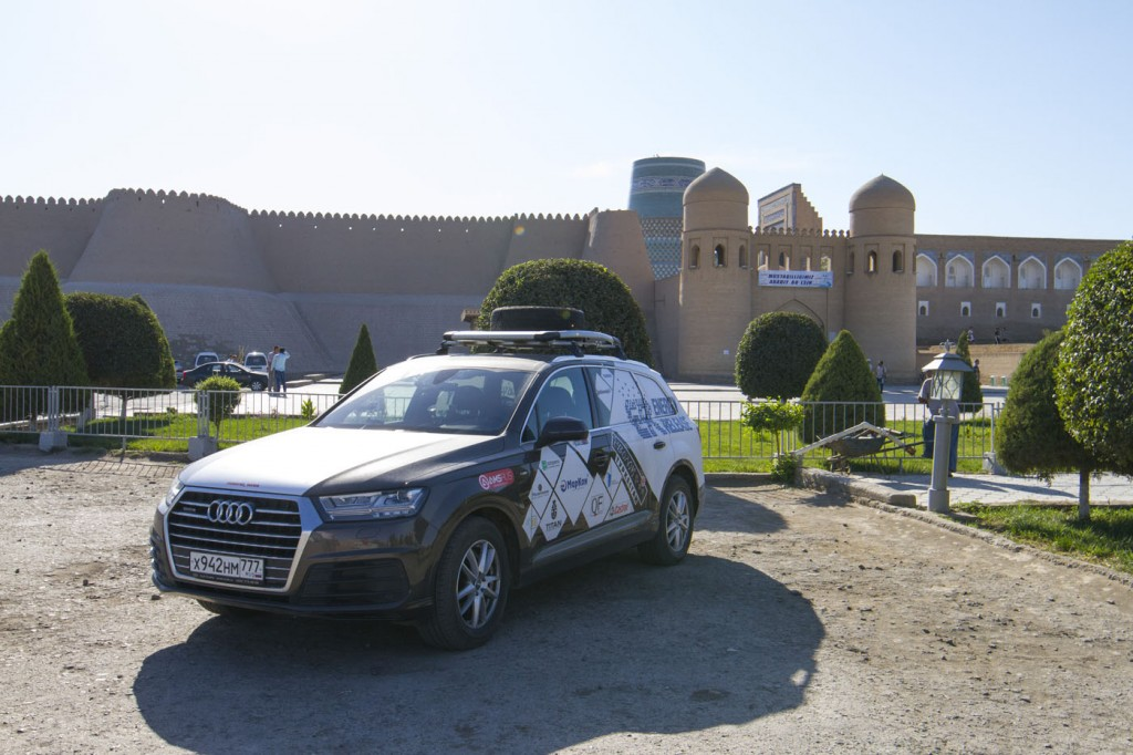 Волок Туркестан 2015 Хива Audi Q7