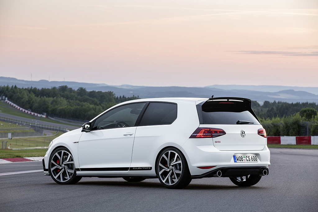 Юбилейный Volkswagen Golf GTI Clubsport
