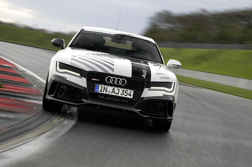 Беспилотный Audi RS7
