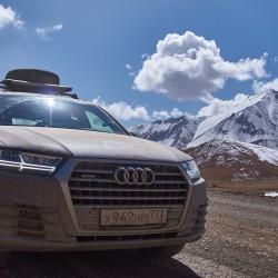 Audi Q7 2015 3.0 333 л.с. TFSI в горах Памира