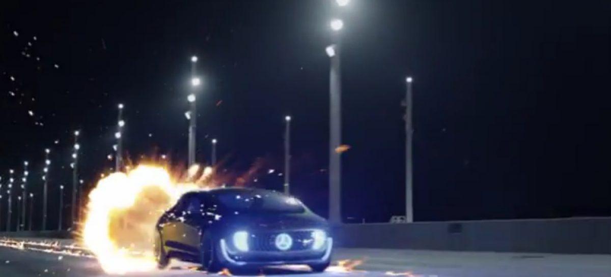 Mercedes отправляется назад в будущее