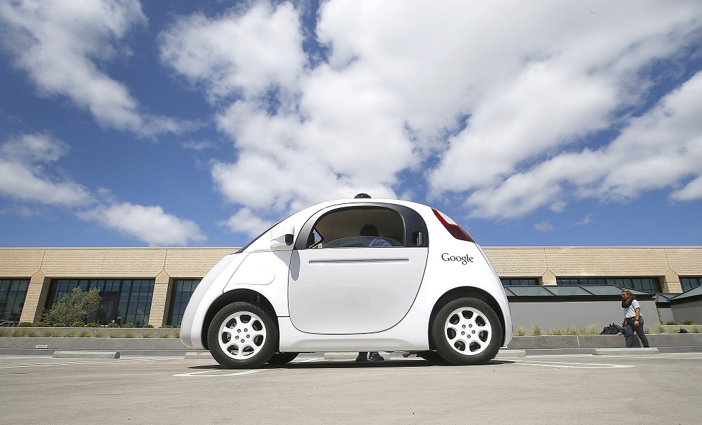 Self-driving car от Google