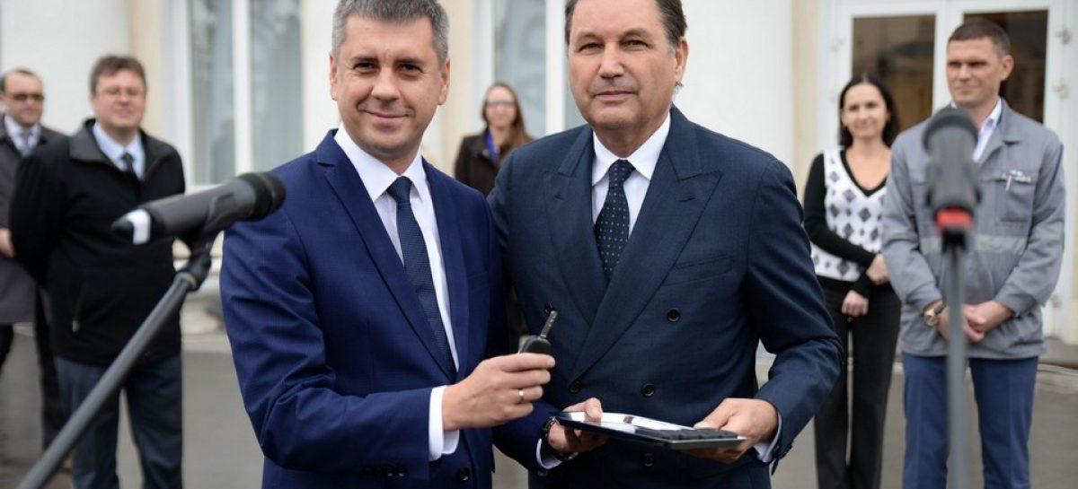 АвтоВАЗ сделал подарок мэрии Тольятти