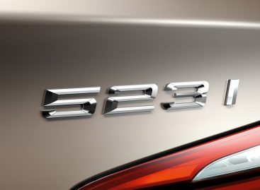 Владелица машины отсудила у BMW более 30 млн рублей