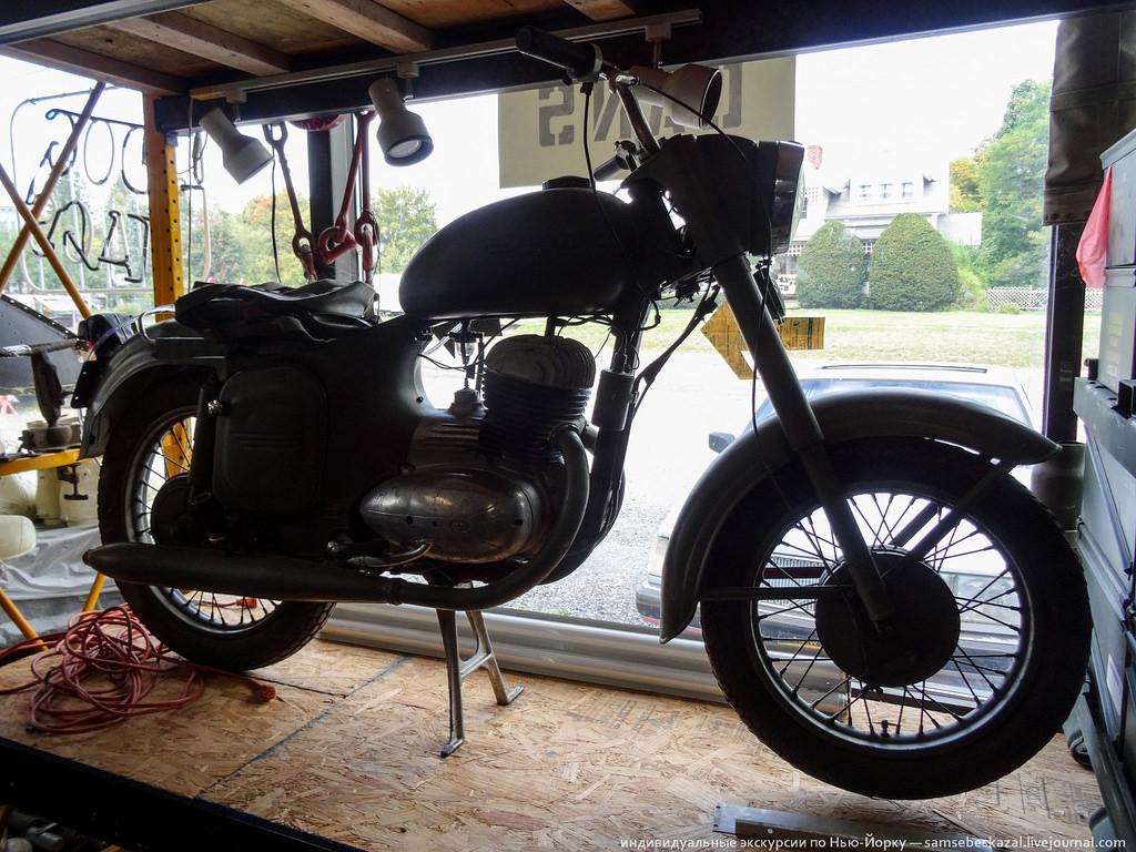 Чехословацкий мотоцикл Ява