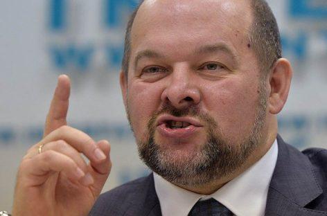 Губернатор Архангельской области назвал водителей фур безмозглыми