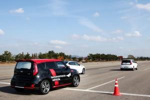 KIA Soul EV с системами автономного управления