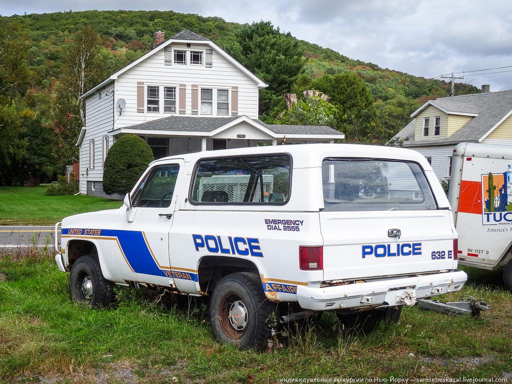 Машина полиции по делам ветеранов