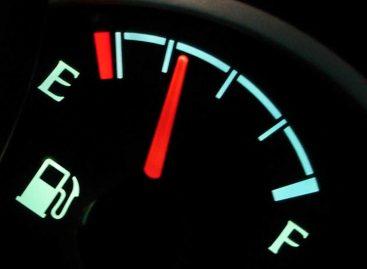 Автовладельцы начали экономить бензин