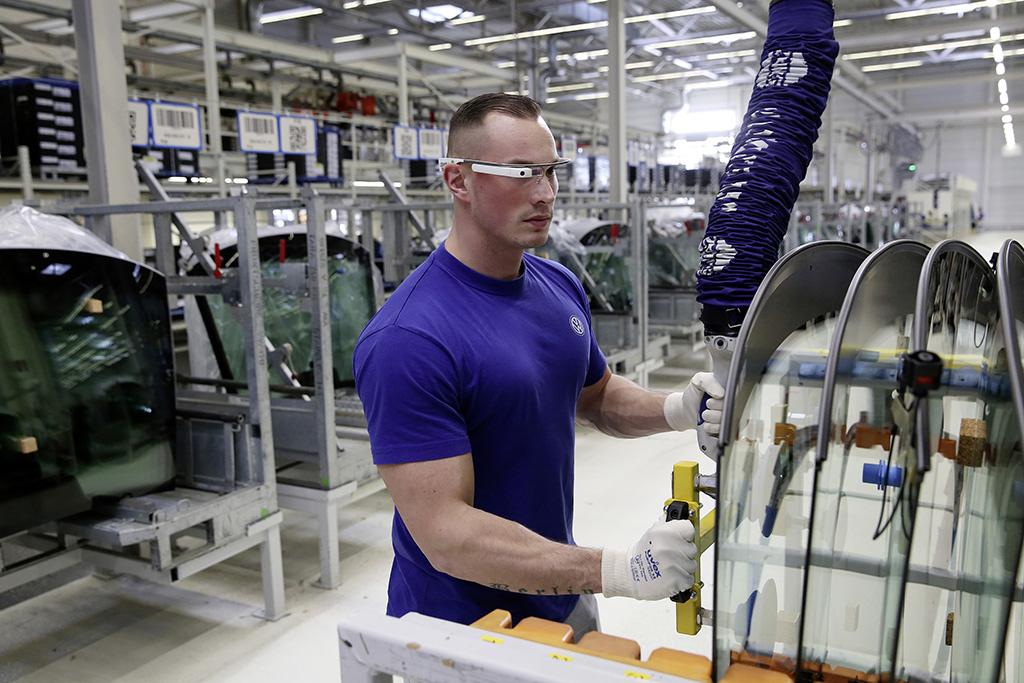 Volkswagen использует в производстве 3D очки
