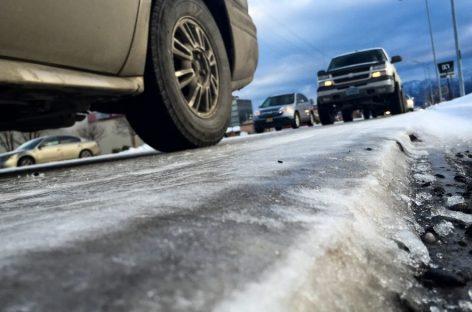 В регионах Сибири закрывают федеральные трассы для автобусов из-за морозов