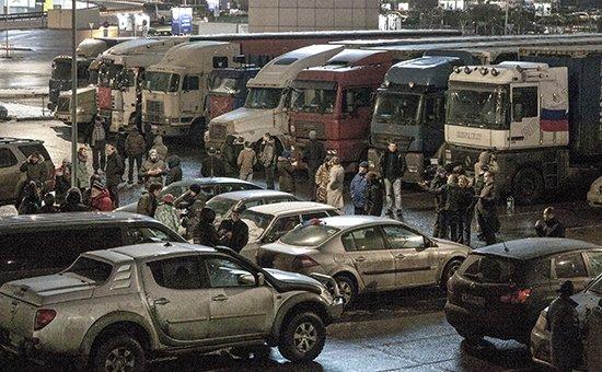 Дальнобойщики в Химках. Фото РБК