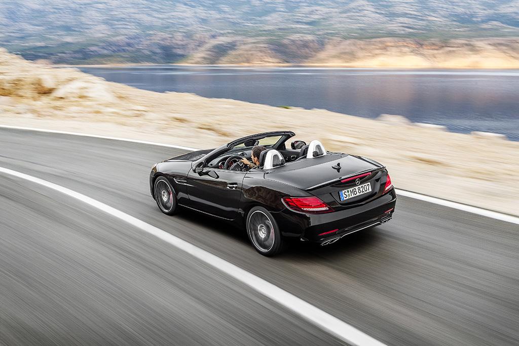 Mercedes-AMG SLC 43 2016