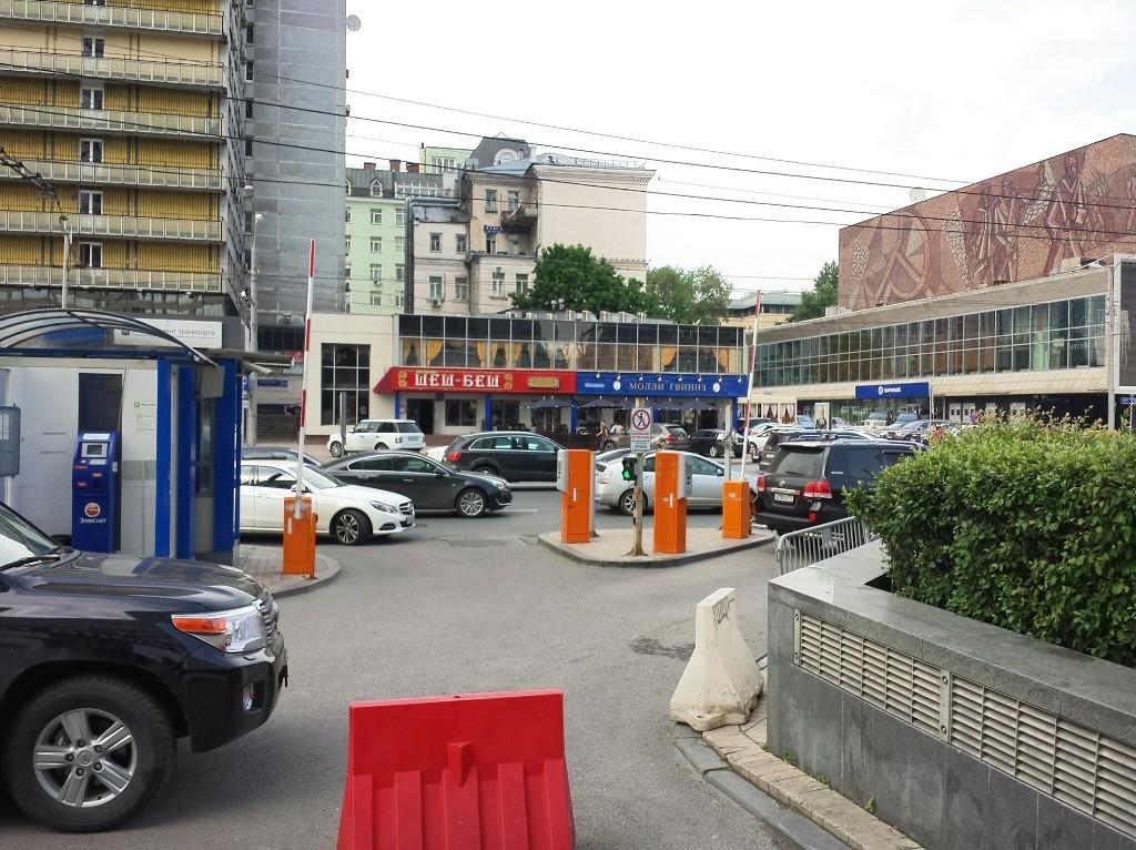 Плоскостные парковки. Фото ezhickov