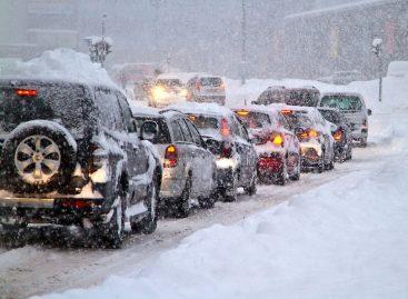 Новую технологию уборки дорог опробовали в Санкт-Петербурге