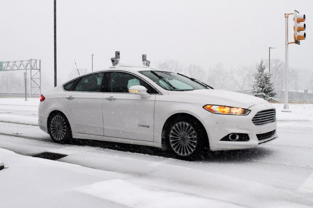 Автономные автомобили Ford
