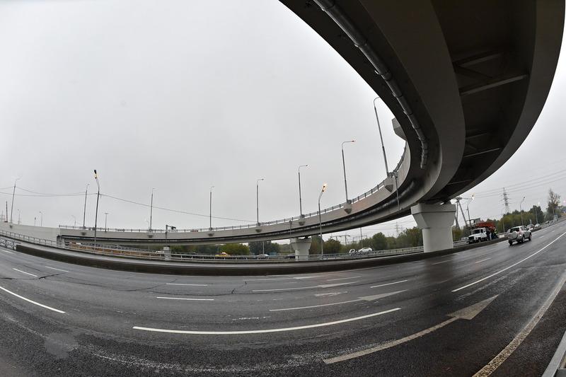 Эстакада на пересечении Рязанского проспекта и МКАД