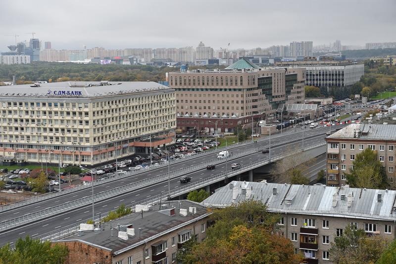 Эстакада на пересечении Волоколамского шоссе около метро Тушинская