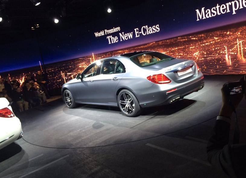 Mercedes E-Class 2017 на автосалоне в Детройте