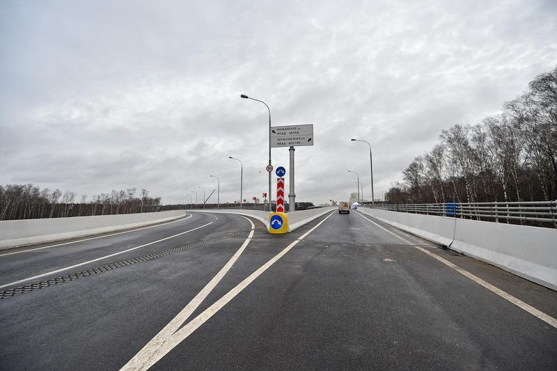 Развязка на пересечении МКАД и Ленинского проспекта