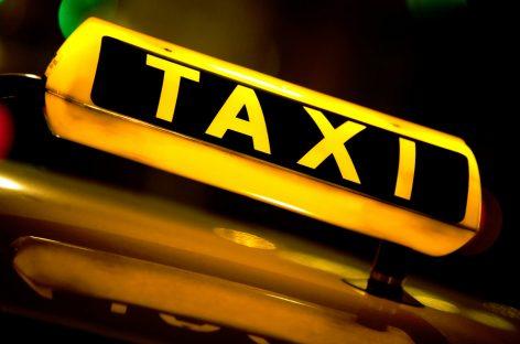 В Москве назвали количество задержанных нелегальных такси за полгода