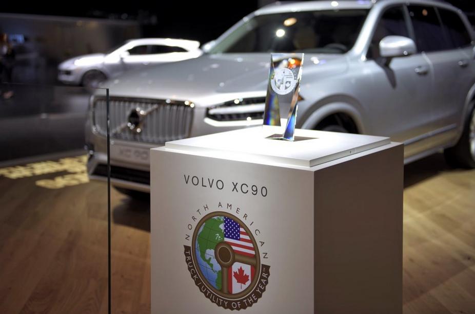 XC90 стал Автомобилем года в Детройте