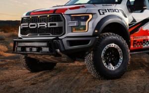 Гоночный Ford F-150 Raptor 2017