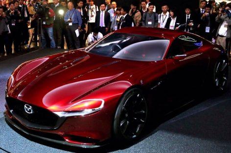 Mazda представляет новые автомобили