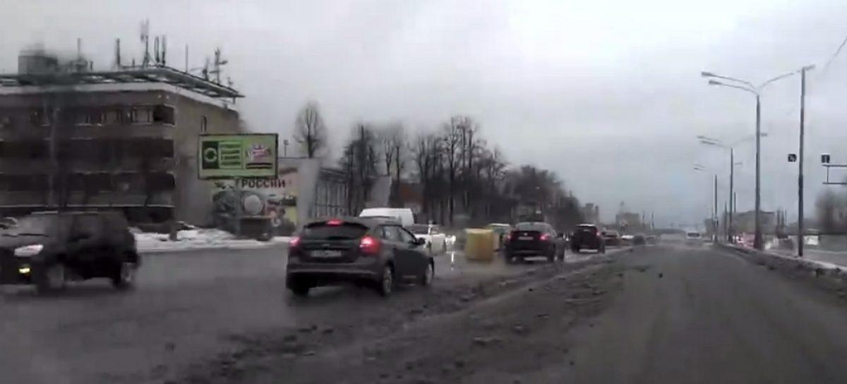 Уборка дорог в Москве