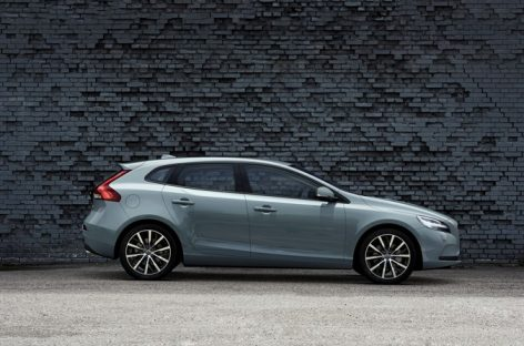 Volvo обновляет V40 и V40 Cross Country