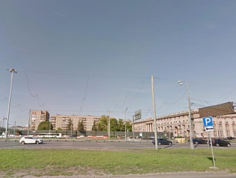Гостинично-офисный комплекс у гостиницы Яръ. Было
