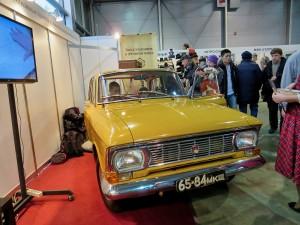 Москвич-412 с родными номерами давней эпохи
