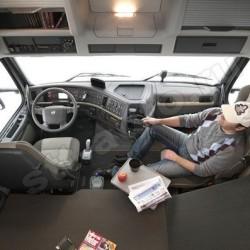 В кабинах грузовиков