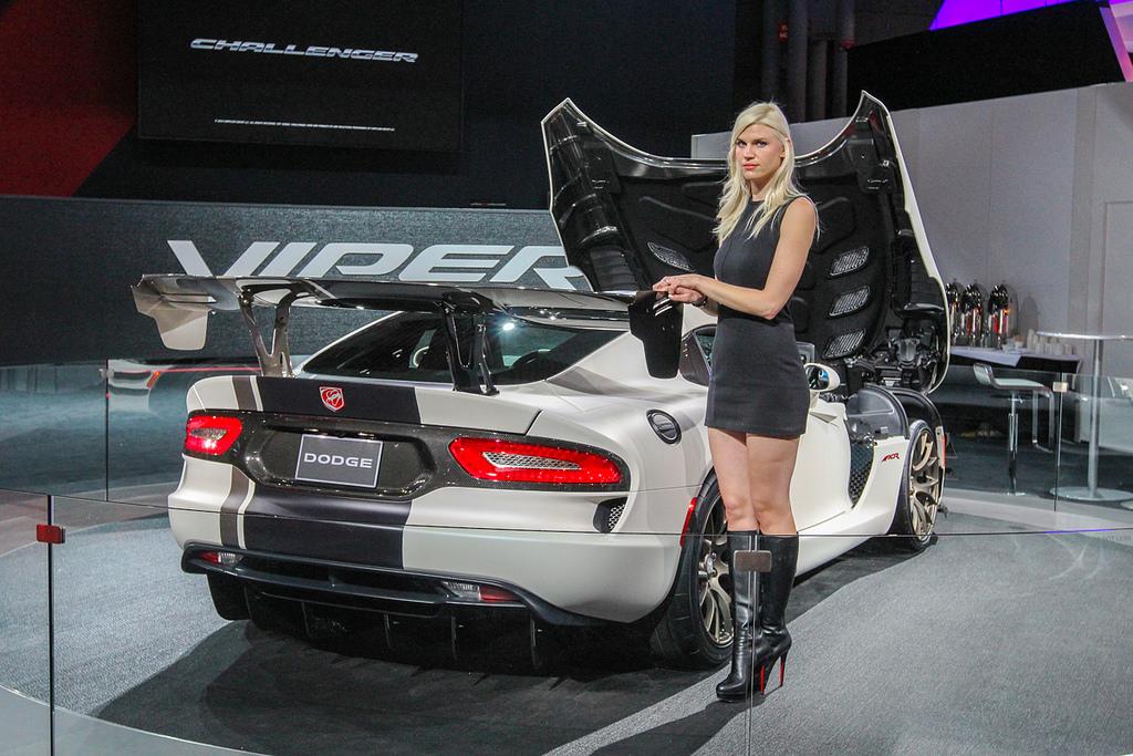 Dodge Viper. Автосалон в Нью-Йорке