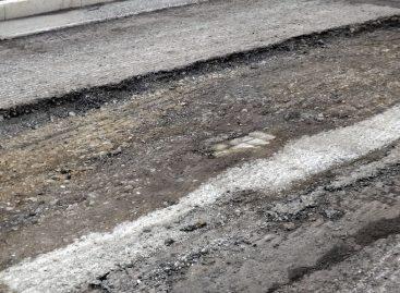 В Петербурге уволили чиновника, который ремонтировал дороги «фотошопом»