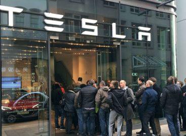 Первый тюнинг-пакет для Tesla Model 3