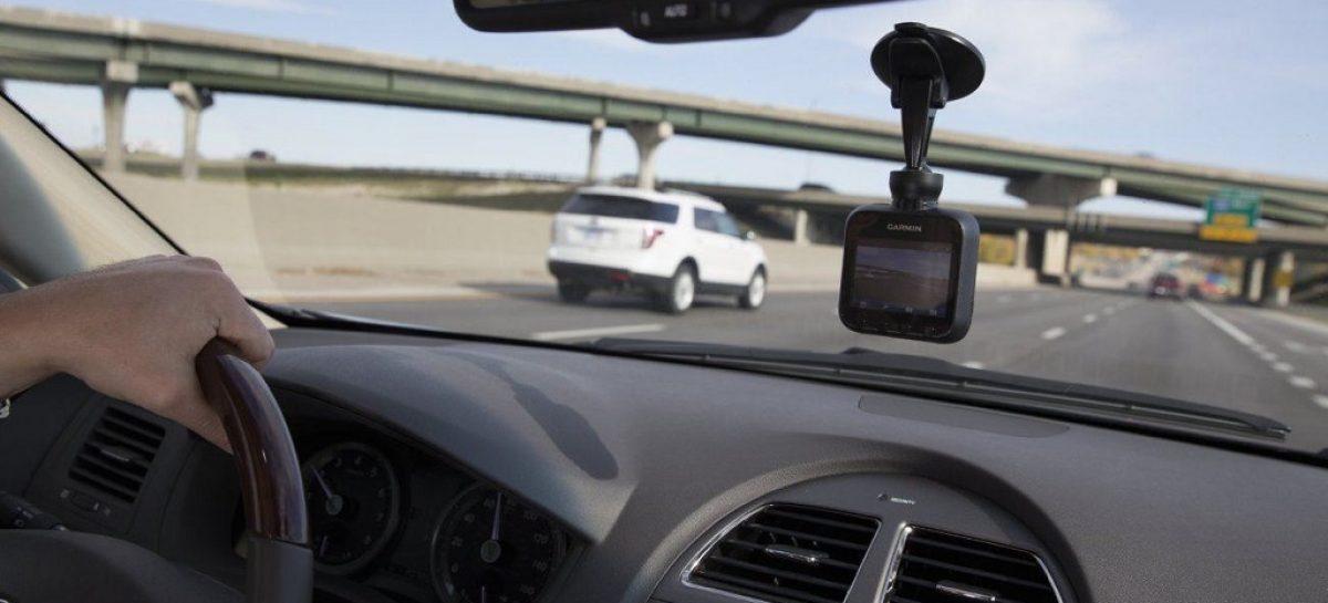 Как выбрать видеорегистратор в автомобиль