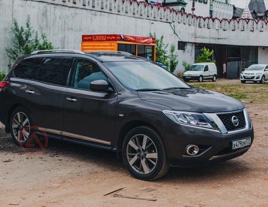 Nissan Sentra и Pathfinder покинули Россию