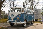 Volkswagen паркуется на кухне