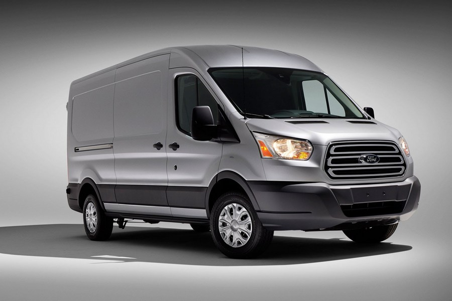 Форд Transit остался лидером среди иностранных брендов в РФ