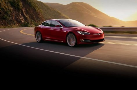 Продажи Tesla в России за 9 месяцев сократились вдвое