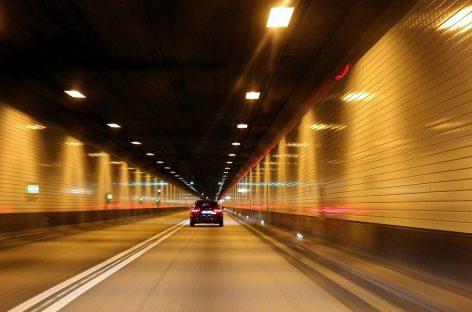 Чем опасна езда в тоннелях?