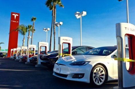 Как это будет работать: обновленный автопилот Tesla