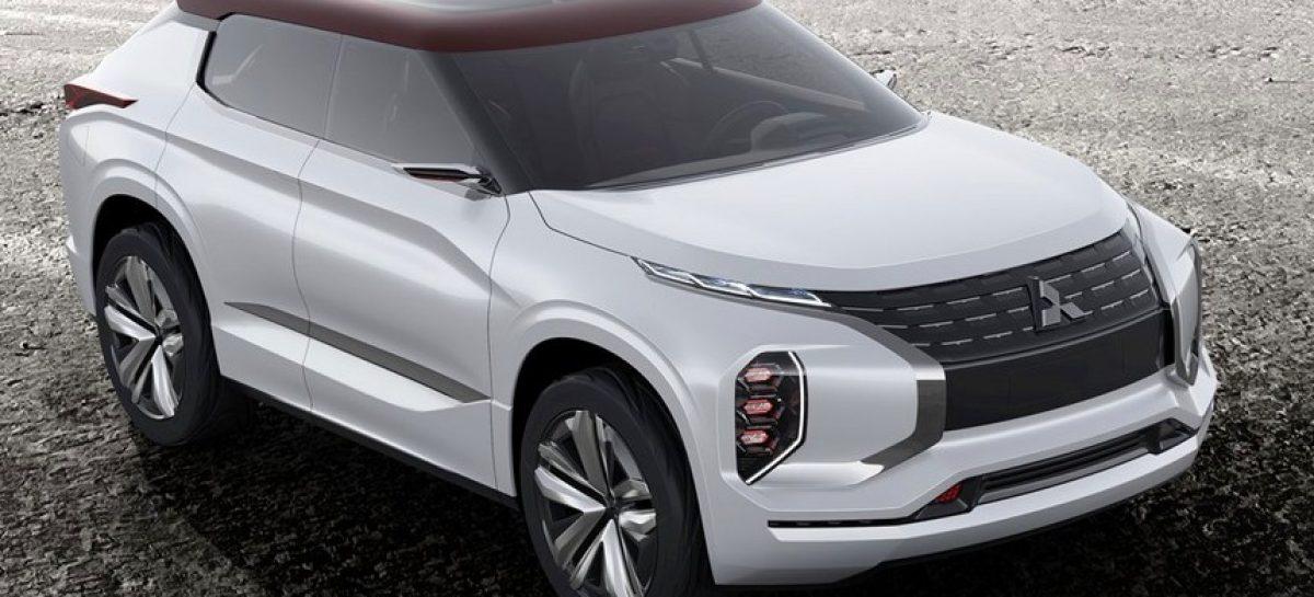 Mitsubishi поделились фотографиями вседорожника нового поколения